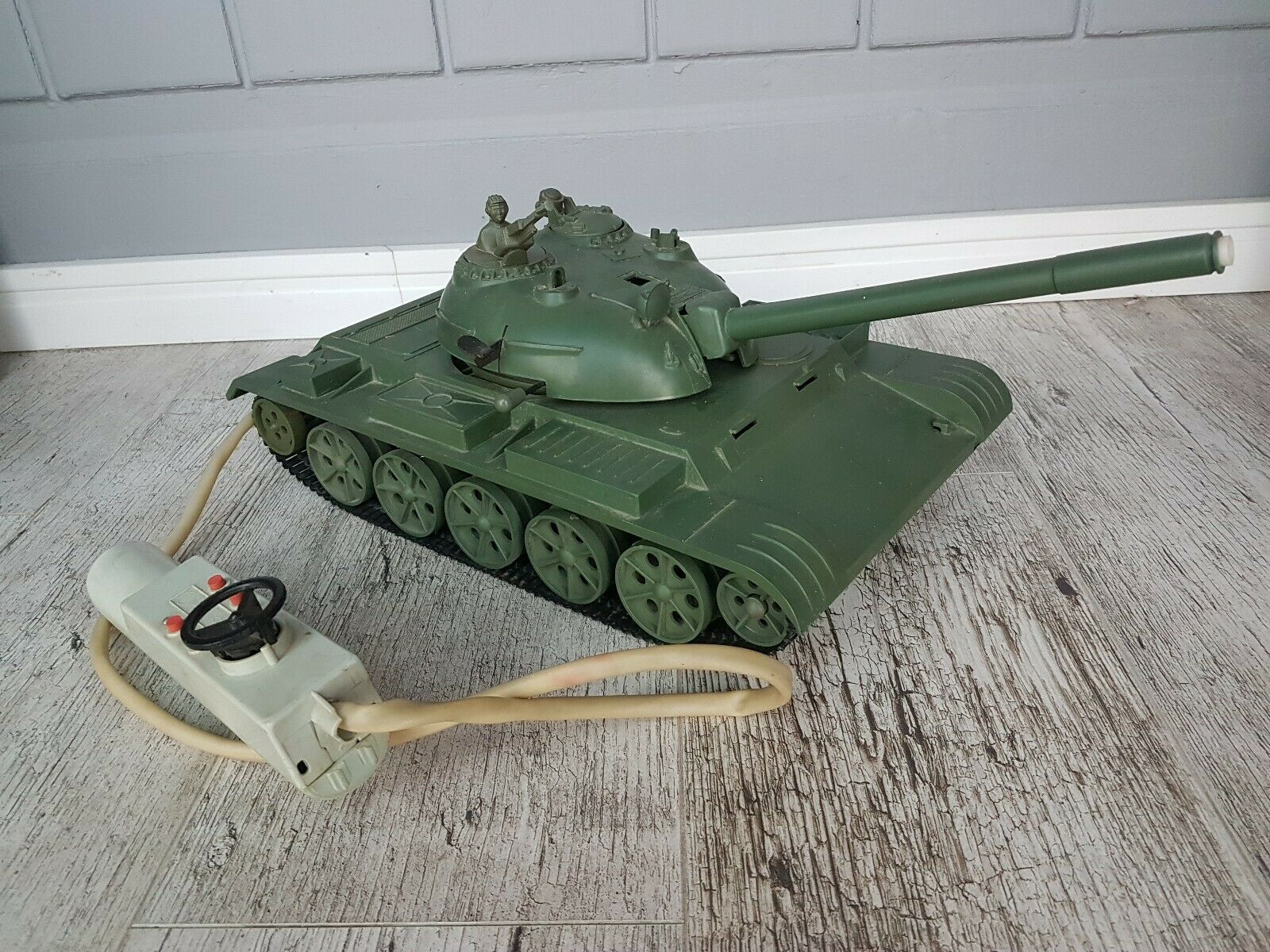 VINTAGE toy tank manageSiet USSR Russia