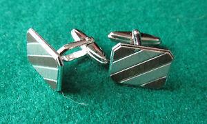 Diagonal-stripe-silver-cufflinks