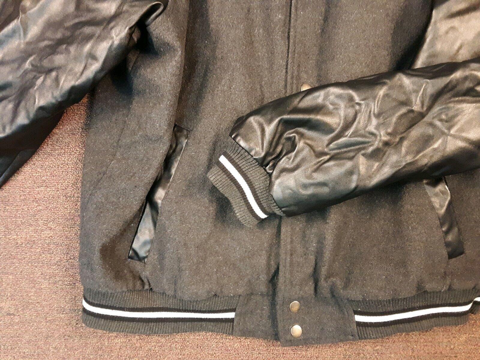 NWT Everlast Men/'s Black Active-wear with Front zipper Jacket