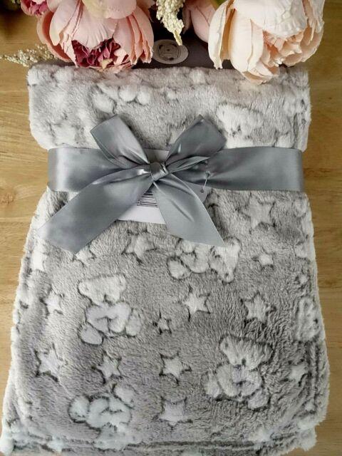 Baby Boy/'s Girl/'s Soft Luxury Rosebud Blanket 100x75cm Fleece Lined Christening