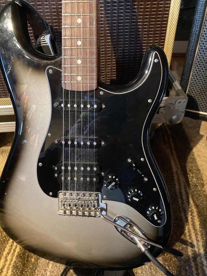 Elguitar, Fender Stratocaster HSS. Mercury