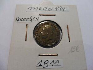 Bien Ancienne MÉdaille George V . 1911 - TrÈs Belle - Sous Étuis ! Pour AméLiorer La Circulation Sanguine
