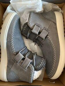 7 Tred Ankle Chukka Boot, Titanium Gray