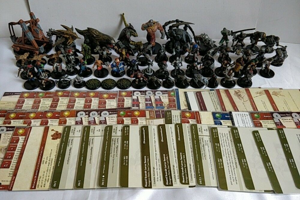 Whole sale lot of 59 set Dungeons and Dragons Miniatures figure D&D -a925-