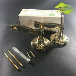 NEW-OLD-STOCK-POLISHED-BRASS-LACQUERED-K-amp-K-3014-L3-LEFT-DOOR-HANDLES