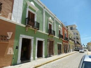 Casa Antigua Colonial en Venta de 13 Recámaras, en CENTRO HISTÒRICO, Puerta de Mar, Campeche