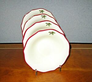 Better-Homes-amp-Gardens-Poinsettia-Cereal-Soup-Bowls-Lot-of-4-Red-Trim-Excellent
