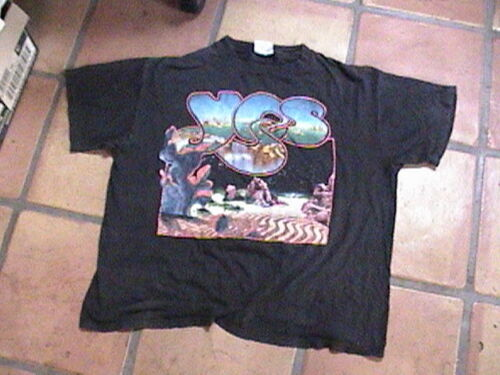 Yes tshirt XL 100% cotton made in USA used