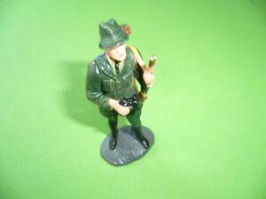Jaeger-mit-Fernglas-und-Gewehr-Figur-gemarkt-Elastolin-Germany-6-cm-hoch