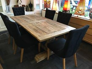 Rhiannon-Farmhouse-Hampton-Style-Rustic-Dining-Table-6-Oxford-Dining-Chairs