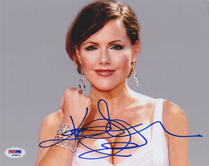 Kathleen-Robertson-SIGNED-8x10-Photo-Beverly-Hills-90210-PSA-DNA-AUTOGRAPHED
