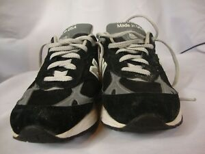 Women's New Balance 993 Sneakers