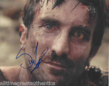 SHARLTO COPLEY HAND SIGNED DISTRICT 9 8X10 PHOTO 1 w/COA CHAPPIE ELYSIUM A-TEAM