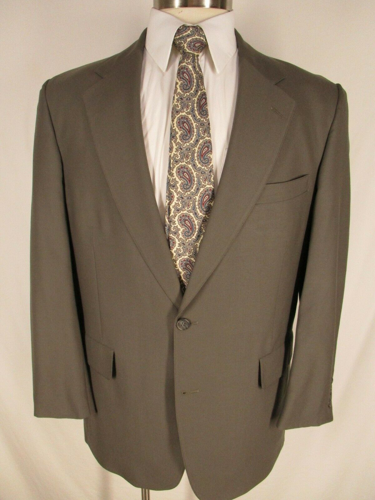 Brooks Bredhers Mens Olive 2 Btn Suit 41R USA Made