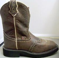 Ladies Justin L9618 Gypsy Brown Embossed Boots - Several Sizes