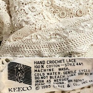 """Vintage Hand Crochet Lace Bed Cover Coverlet Bedspread 77"""" x 81"""" Beige Cotton"""