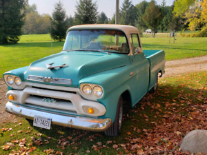 1958 gmc short box big window..