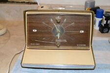 SILVERTONE 2072 RETRO 1969 AM CLOCK RADIO PRO SERVICED