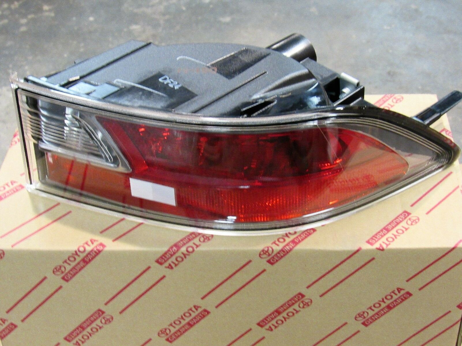 14 16 Oem New Lexus Gx460 Bumper Reverse Marker Light