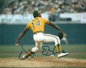 Autographed-VIDA-BLUE-Oakland-A-039-s-8x10-Photo-COA
