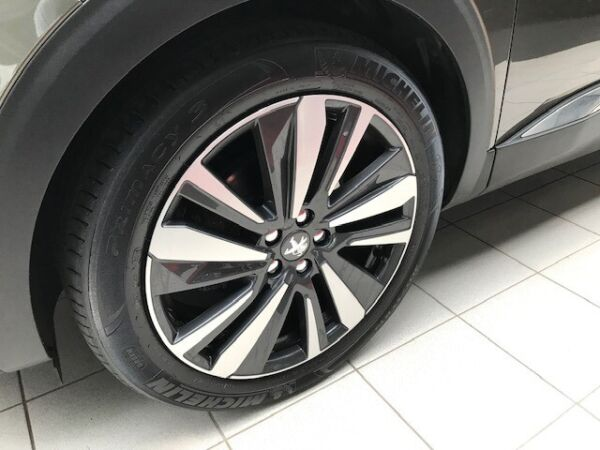 Peugeot 3008 1,6 BlueHDi 120 Allure billede 1