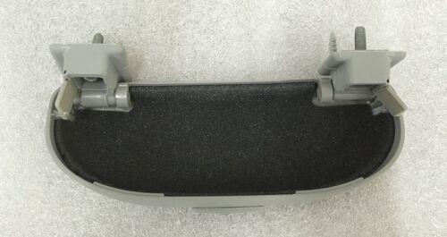 CHEVROLET Chevy Cruze 2008-2011 OEM GENUINE  Parts Sunglass Case Sunglasses