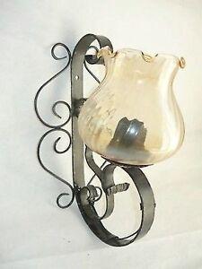 Applique-da-parete-lampada-in-ferro-battuto-forgiato