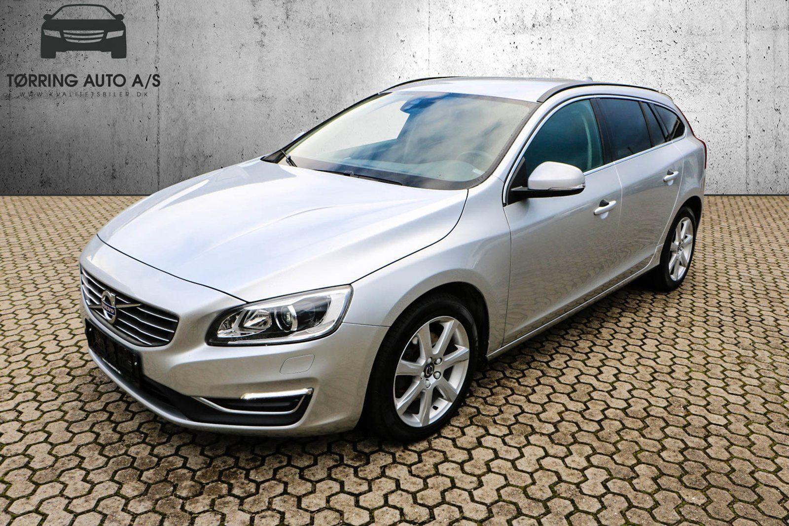 Volvo V60 2,0 D3 150 Momentum 5d - 249.900 kr.