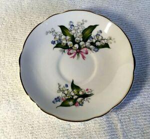 Vintage-Regency-English-saucer-bone-china-made-in-England