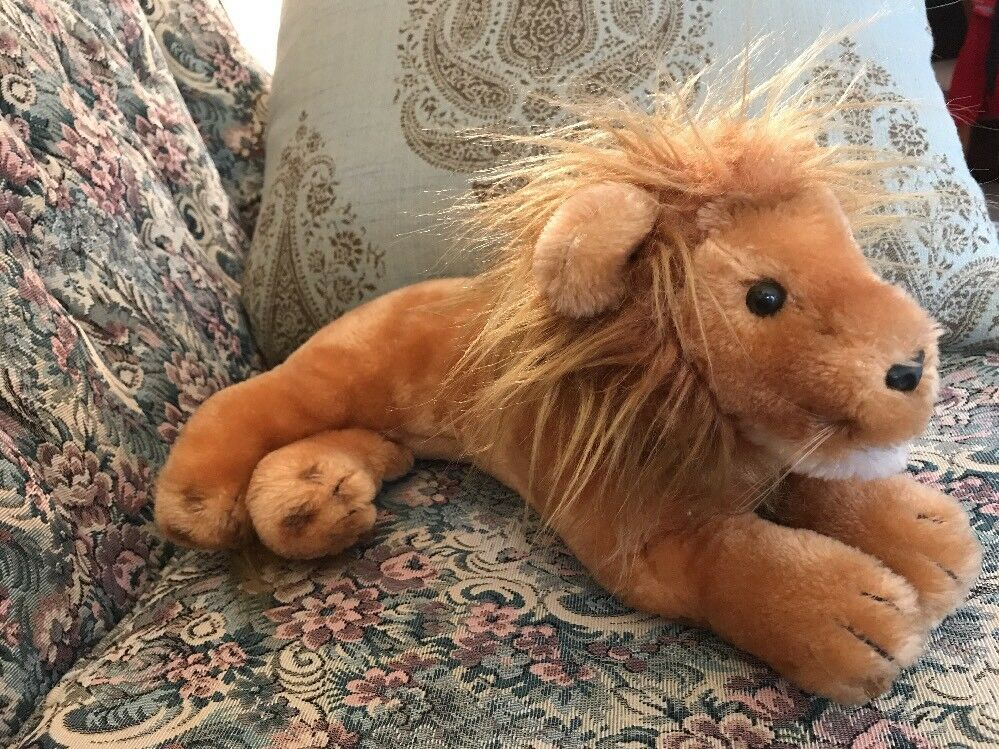 Vintage 1977 Dakin Plush Lion Laying Position 14