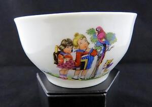 Antiguo-Alemania-Porcelana-Nina-Watching-un-Loro-11-4cm-NINOS-Cuenco-1900-1930