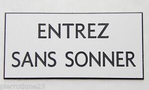"""Plaque Gravée """"entrez Sans Sonner"""" (2 Versions) Format 75 X 150 Mm Selzpx5h-07232007-191474377"""