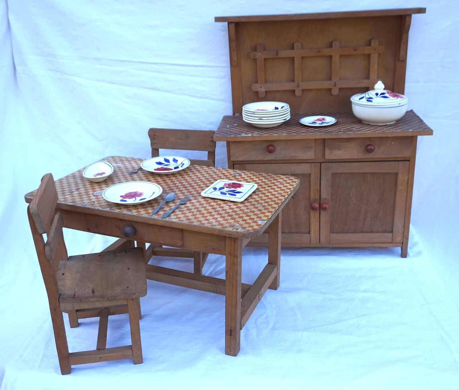 Vintage French Dining Room Set for Doll 1942