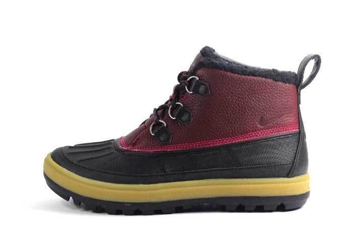 Nike Women's NK WOODSIDE CHUKKA II Boots NEW AUTHENTIC Fireberry 537345-660