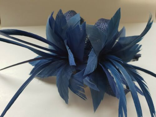 Beautiful Navy Blue feather /& Sinamaylooped design facinator wedding//092