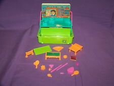 Vintage 1993 Mini Caboodles Rec Room Play Set With Accessories By Toy Biz In GUC