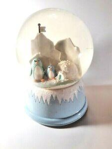 Musical-Penguins-Christmas-Snow-Globe-Fun-at-Home-MSE-CHRISTMAS-2007-Vintage