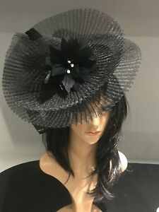 Image is loading NIGEL-RAYMENT-BLACK-DISC-FASCINATOR-HAT-WEDDING-MOTHER- 85add29e804