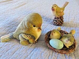 Bird Family w Egg in Nest Realistic Looking Detailed Figurines + BONUS Bird