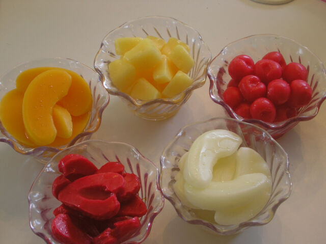 Props Fake Fruit Scented Wax Whole Strawberries 8 OZ