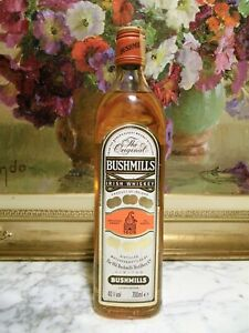 WHISKY - BUSHMILLS IRISH WHISKEY- ANNI 70 - 40° - 70 cl. Distilled Matured & Bot