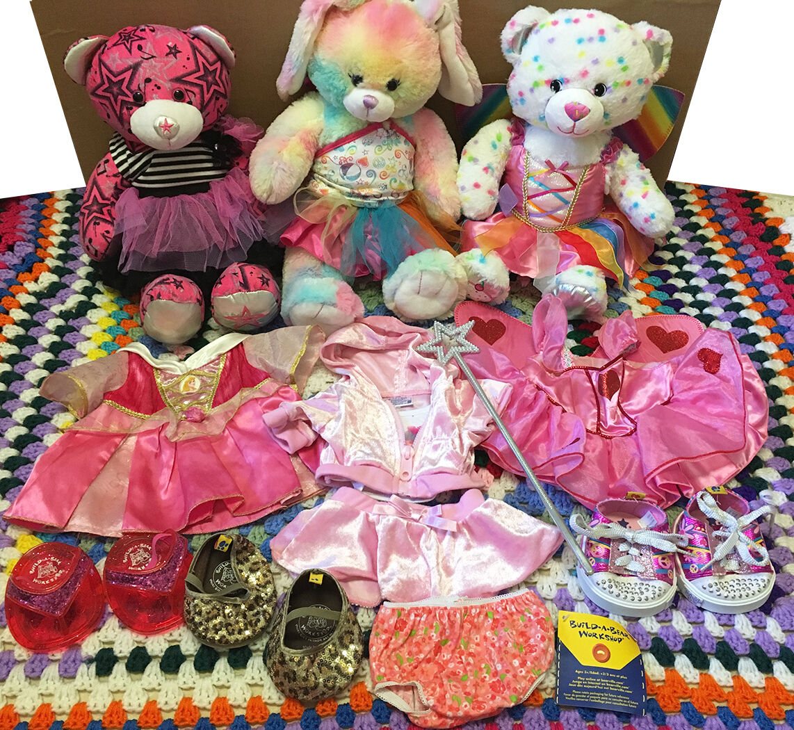Big Lot of 3 Build a Bear Plush Stuffed Animal Dolls & 17 Clothing & Accessories