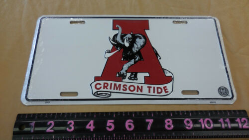 METAL  University of Alabama License Plate football college tag
