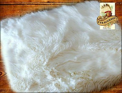 Leuk Fur Accents Faux Fur Sheepskin Area Rug Shaggy Off White Rectangle
