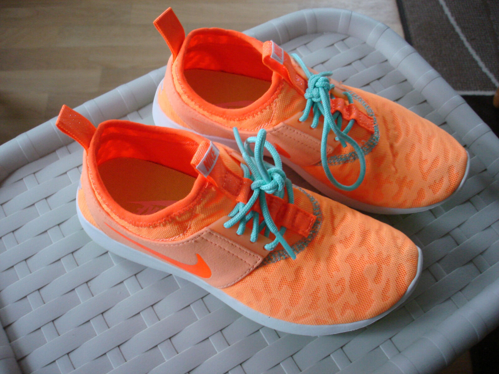 Nike WMNS Juvenate Günstige und gute Schuhe
