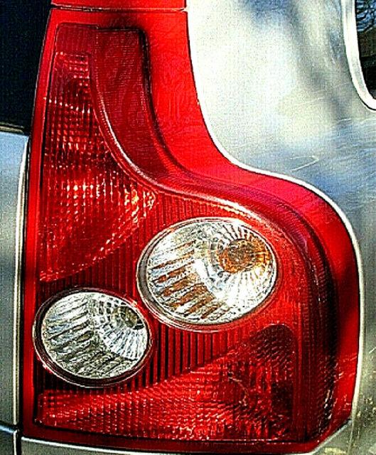 Volvo Xc90 Tail Light Lamp Lower Right Oem 03