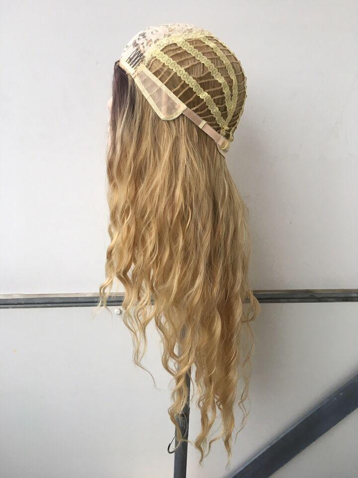 Paryk, Lang blond paryk, med smukke krøller