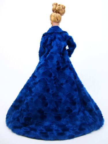 Eaki Blue Fur Coat Gown Evening Dress Silkstone Barbie Fashion Royalty FR2 Jenny