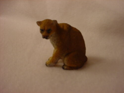 COUGAR cat TiNY FIGURINE Resin HAND PAINTED MINIATURE Small Mini Mountain Lion