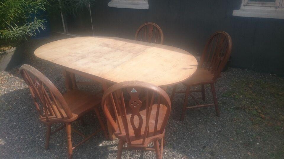 Spisebord m 4 stole